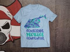 Camiseta en color azul cielo